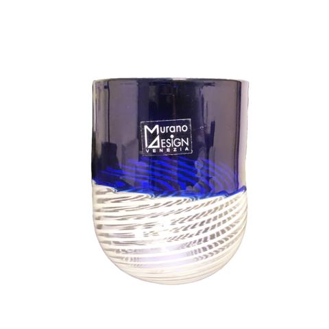 bicchiere in vetro di murano con filigrana colore blu