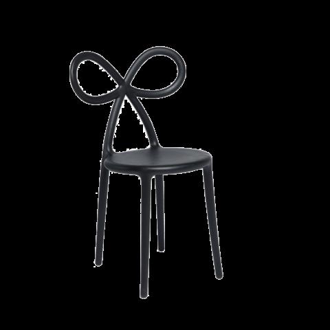 qeeboo ribbon sedia nera con schienale fiocco